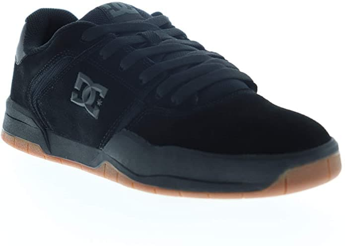 A pair of skate shoes